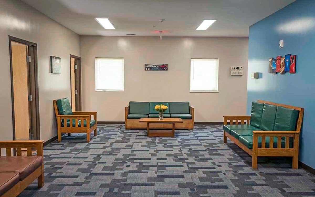 Anchor Pointe livingroom