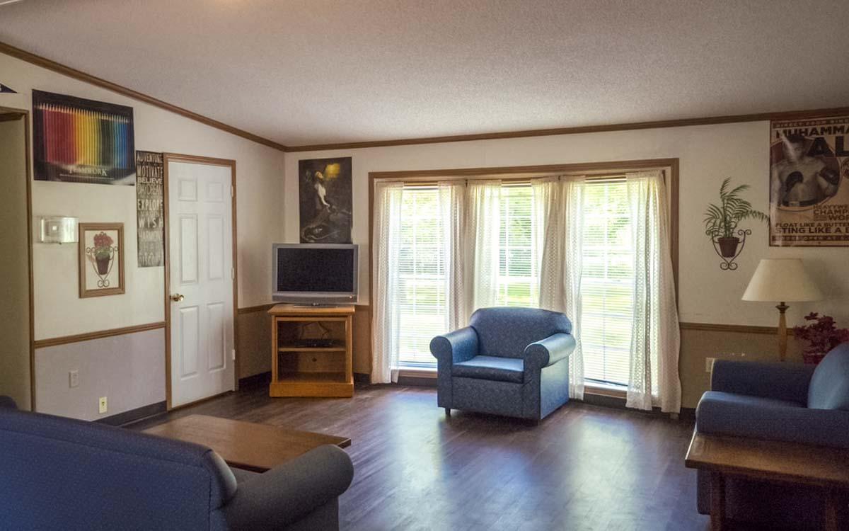 Bangor Bayview Living Room