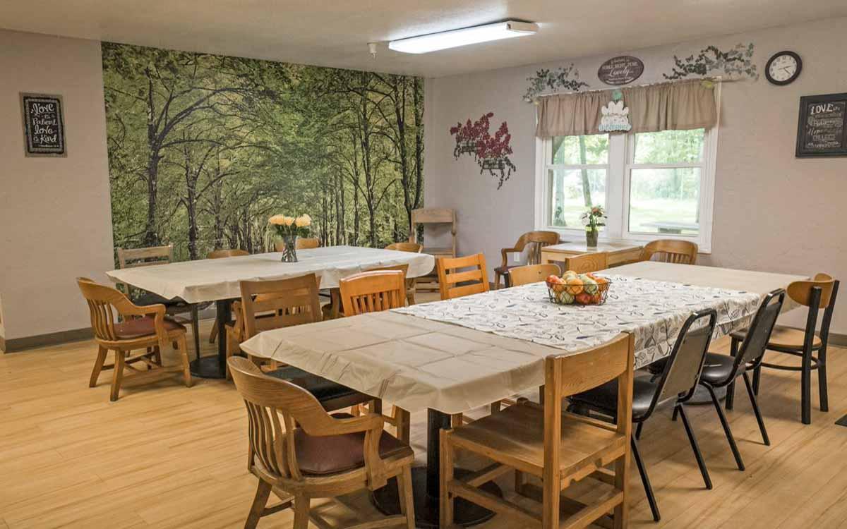 Bangor Wavecrest Dining Room
