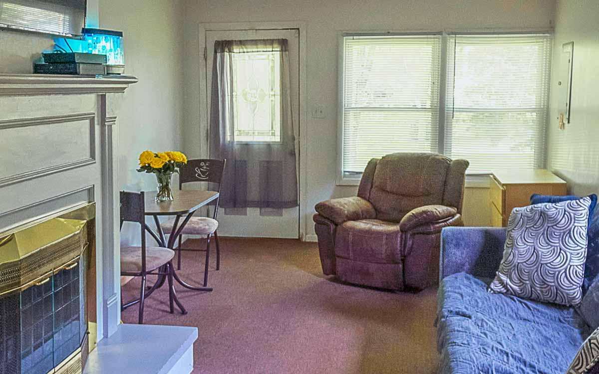 Kalamazoo Comstock Living Room