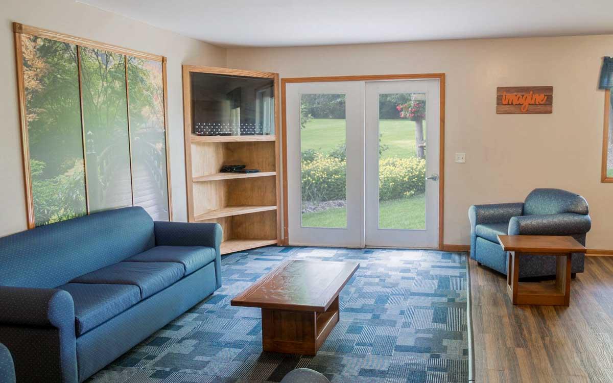 Lake Orion Livingroom