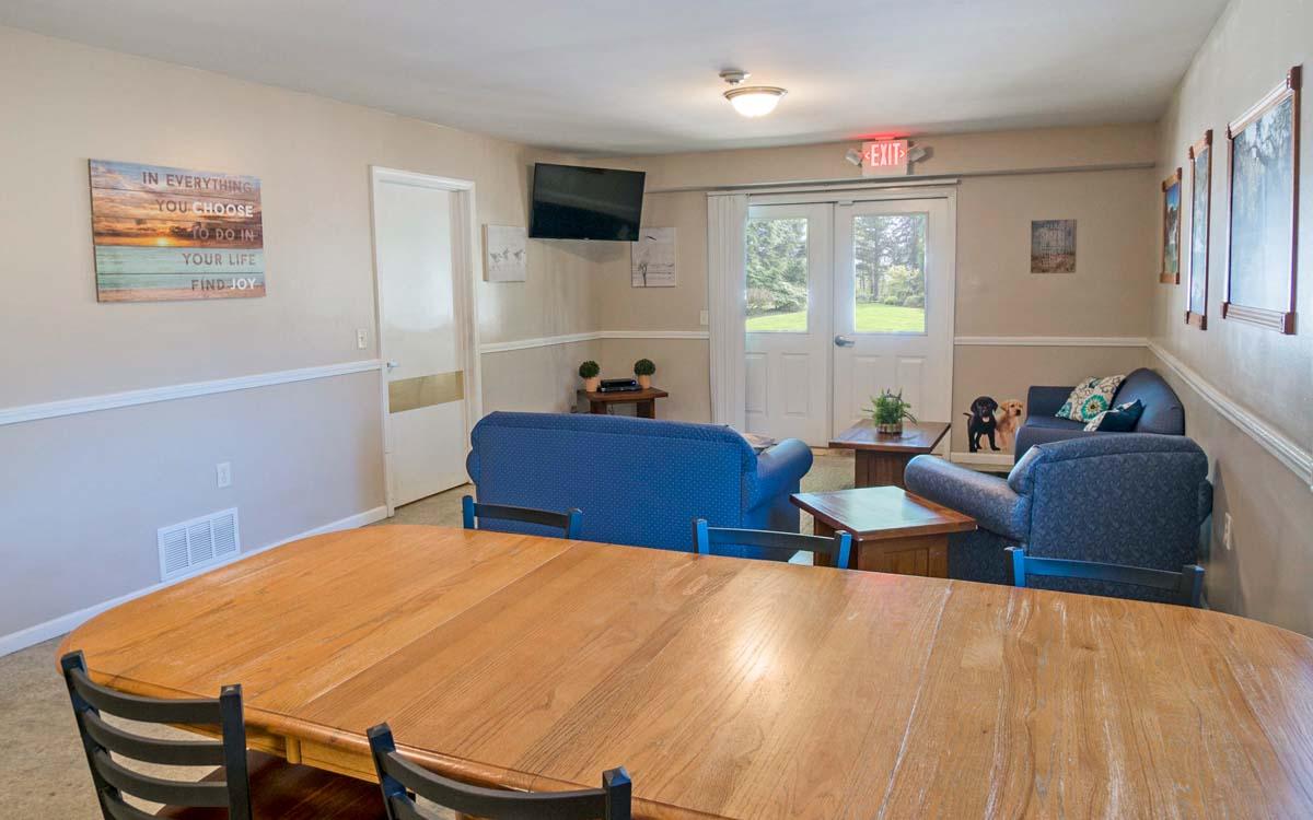 Ludington Living room