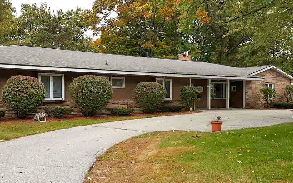 Morton Terrace Norton Shores Home