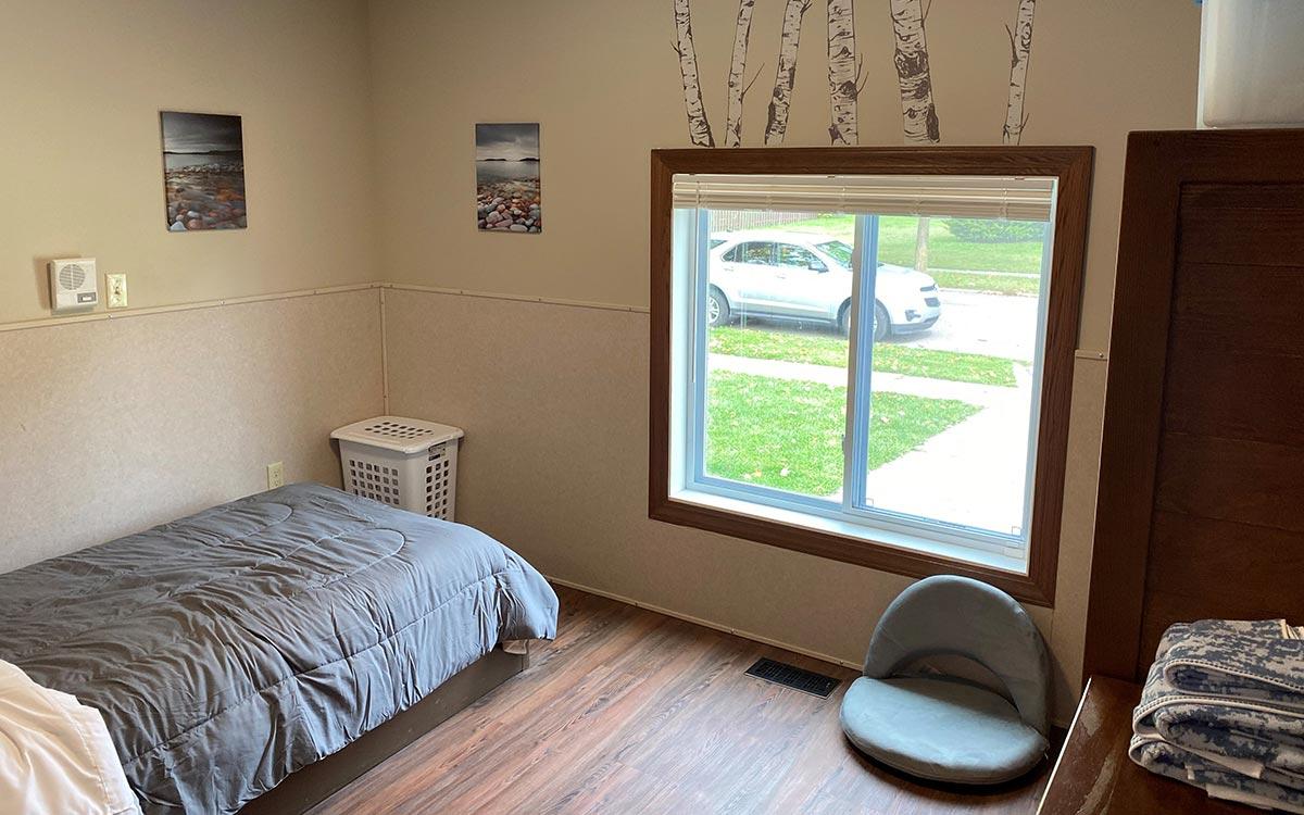 Sandhurst Bedroom 1